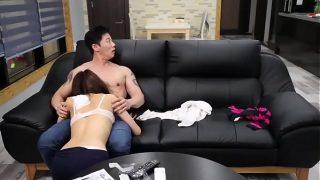 Любительское секс жгучей опытной мамки с тату